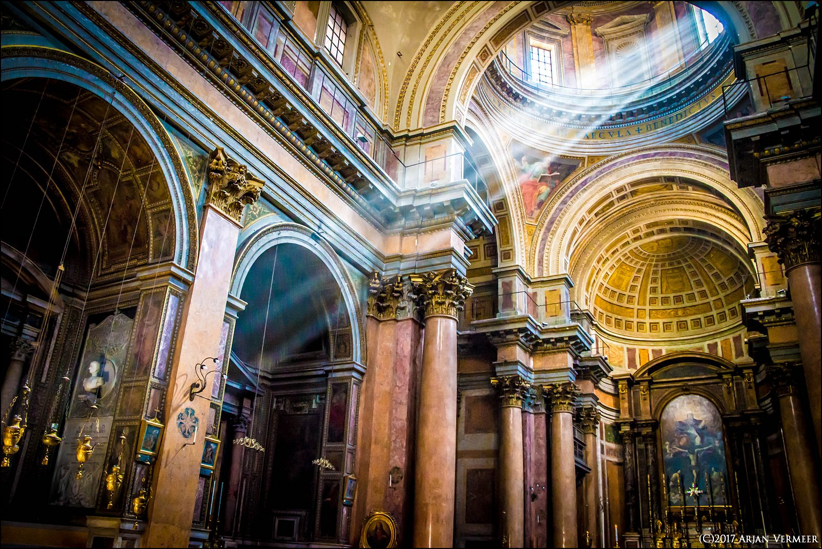 Licht in de Kerk/ Shine a light in Church